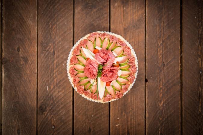 Slavnostní dort: 699